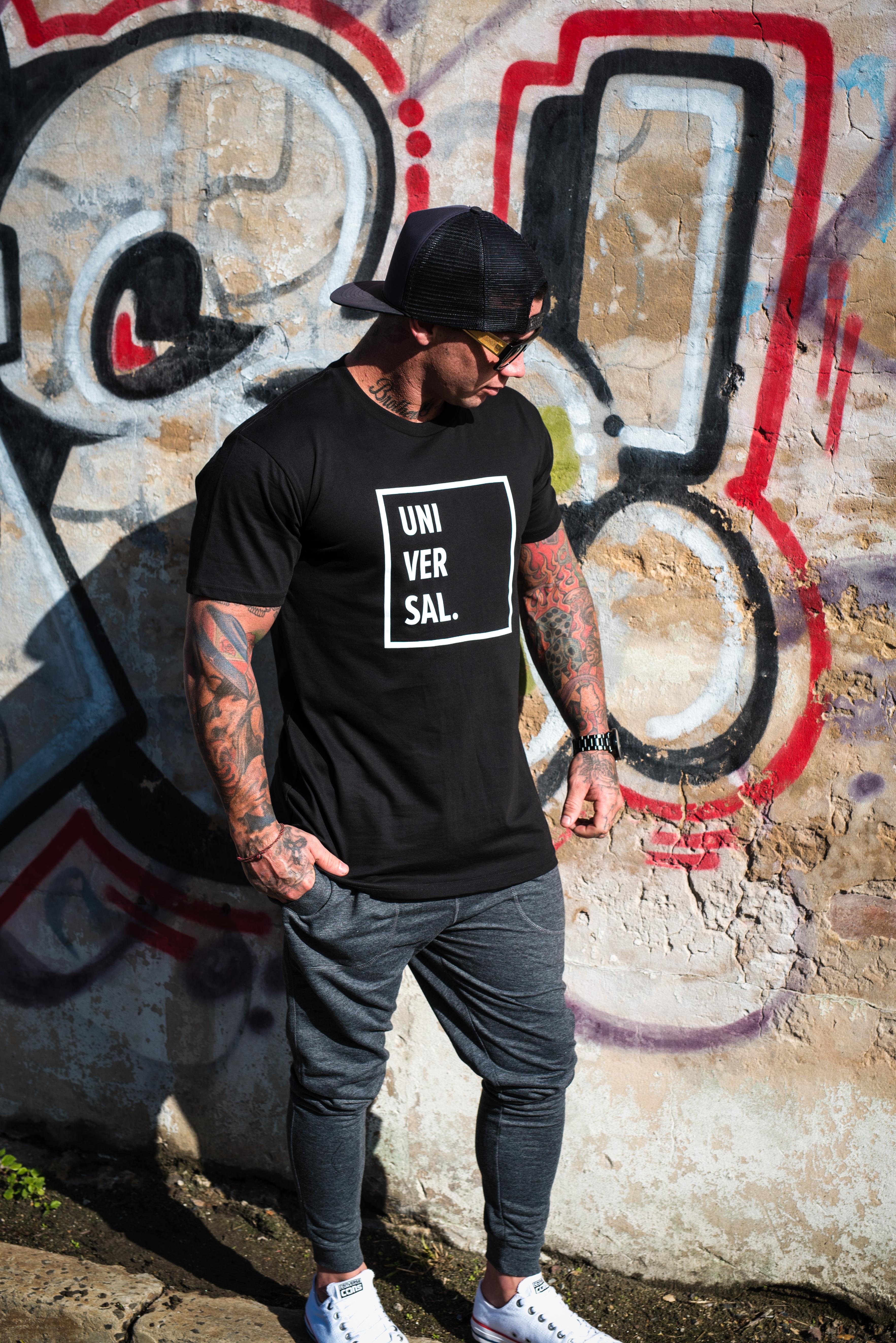 mens black t-shirt